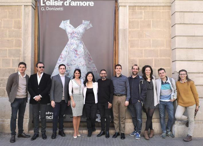 La ópera 'L'elisir d'amore' llega a Palma ambientada en el boom turístico de Mallorca