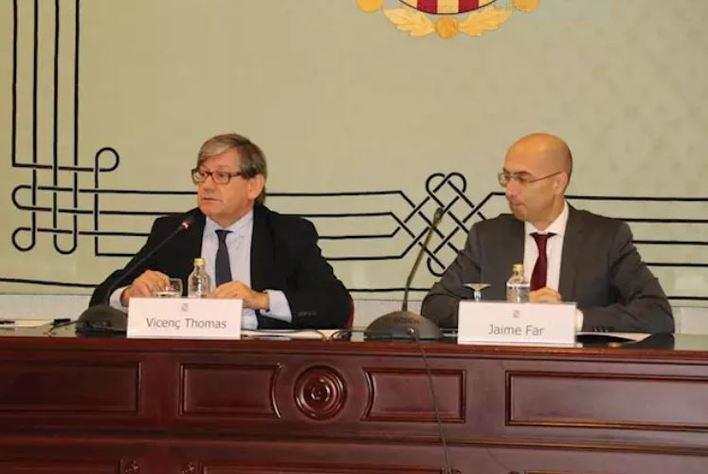 Vicent Thomas, presidente del Parlament y Jaume Far, director de la Oficina Anticorrupción