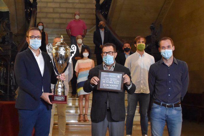 Palma Futsal y El Pozo Murcia disputan el VIII Trofeu Urbia Services THB Hotels Ciutat de Palma