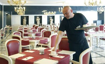 Los trabajadores del sector turístico aumentan un 3,5 por ciento en agosto en Baleares