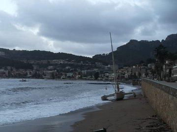 Alerta en Sóller por los destrozos provocados por fuertes vientos