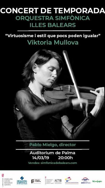 La violinista rusa Viktoria Mullova actúa en el décimo concierto de la Sinfónica