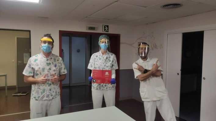 Crean en Palma una visera y mascarilla que protege de estornudos y toses de los infectados por Covid 19