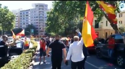 La caravana de Vox toma el centro de Palma