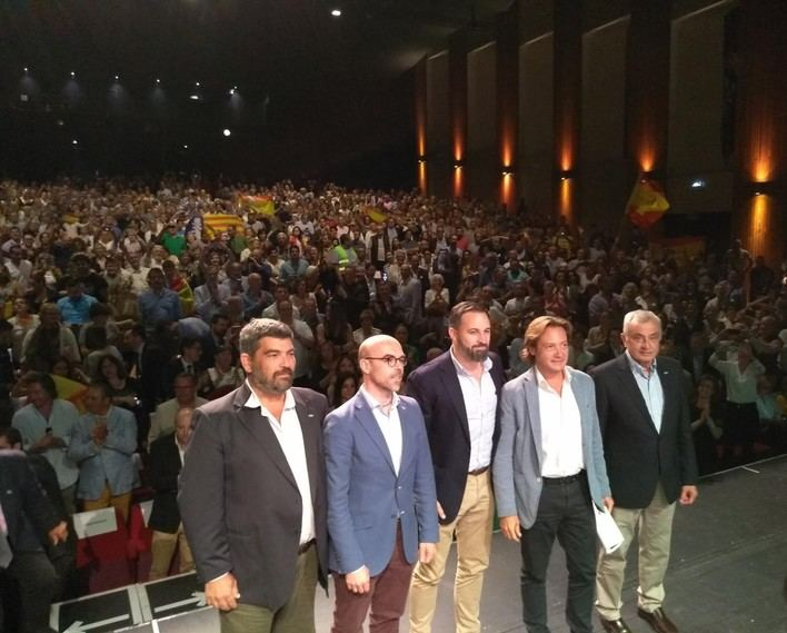 Abascal insta a los ciudadanos de Baleares a detener 'el proceso pancatalanista'