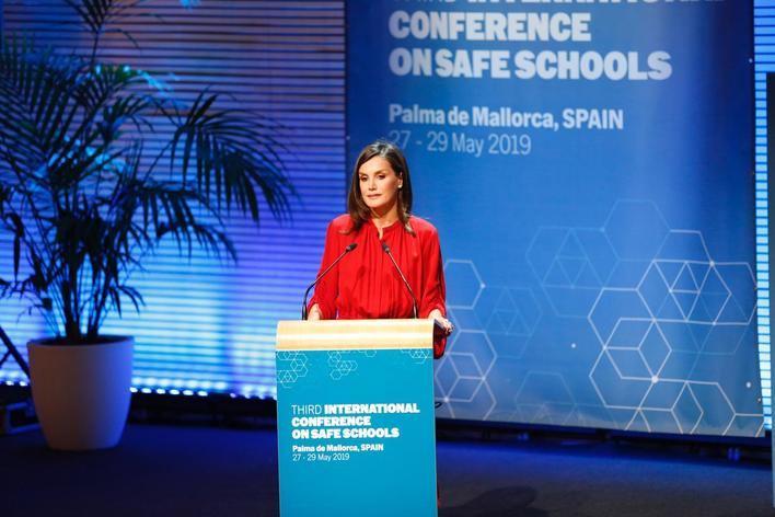 La Reina recalca en Palma que el acceso seguro a la educación 'es responsabilidad de todos'