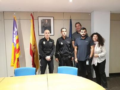 La Policía Nacional analiza como prevenir los robos de los cruceristas en Palma