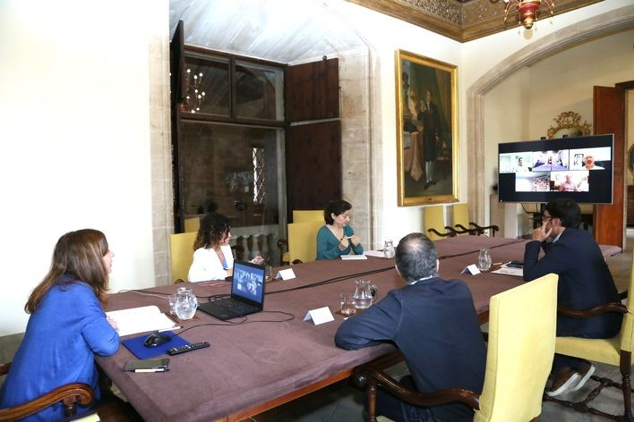 Reunión de la Mesa de diálogo social entre el Govern y los agentes sociales.