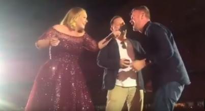 Alexsandro Palombo 'Simpsoniza' a Adele