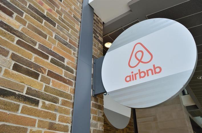 Airbnb recuerda a los anfitriones su obligación de declarar los ingresos obtenidos