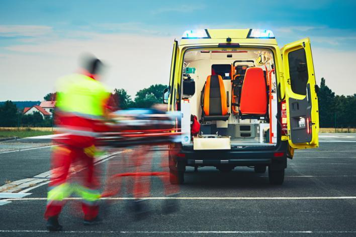 Las horas extra de los técnicos de ambulancias de urgencias no son 'de presencia'