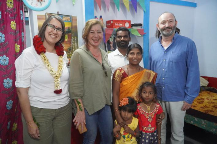 Armengol inaugura una colonia de 78 viviendas para mujeres en India