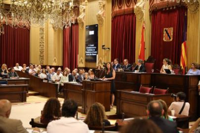 Armengol asegura que el pacto entre PSIB, Podem y Més