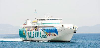 Baleària refuerza la línea Dènia-Eivissa-Palma