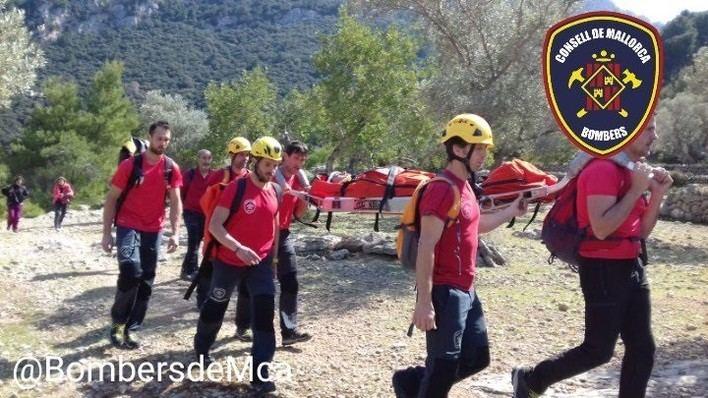 Rescatan a un excursionista de 16 años herido tras una caída en Deià