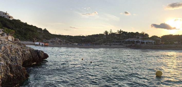 Una mujer de 76 años muere ahogada en la playa de Cala Murada