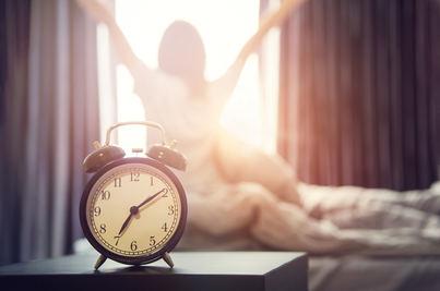 El cambio de hora produce más bajas, menos productividad y más malhumor
