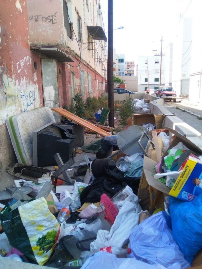 Salvem Camp Redó pide a Cort que asegure el perímetro del bloque VIII