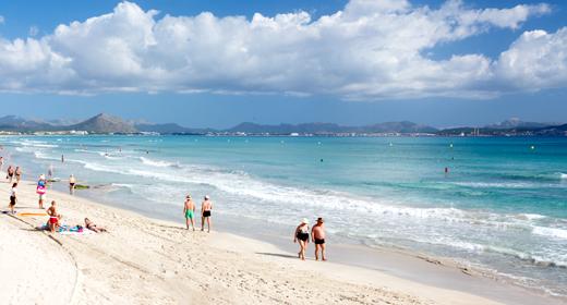 Muere ahogado un hombre en la playa de Can Picafort