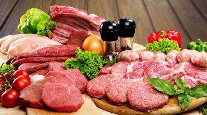 Los españoles comen seis veces más carne de la recomendada