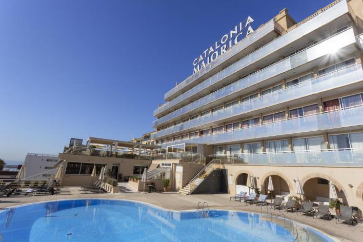 14 hoteles de Baleares alojarán y darán servicio a militares, transportistas y sanitarios