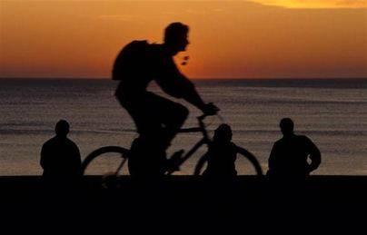 Una comisión velará por la seguridad de los ciclistas en las carreteras