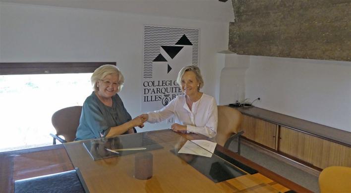 La nieta de Gaspar Bennazar cede parte de su archivo al Colegio de Arquitectos