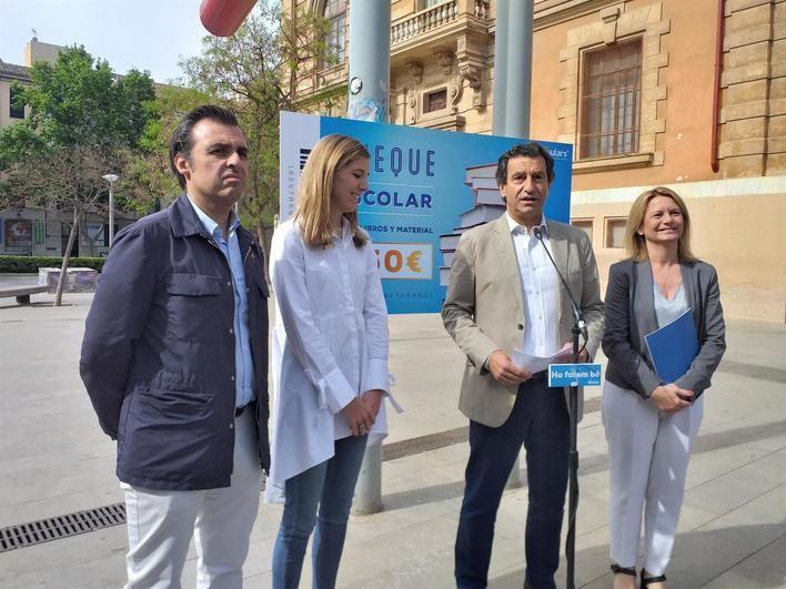 Company promete un cheque escolar de 150 euros por hijo y libros de texto y transporte escolar gratis