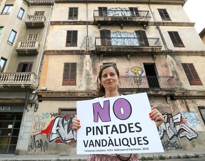 Cristina Lorente y Bernat Pujol se suman a la campaña 'No Pintadas Vandálicas' de ARCA