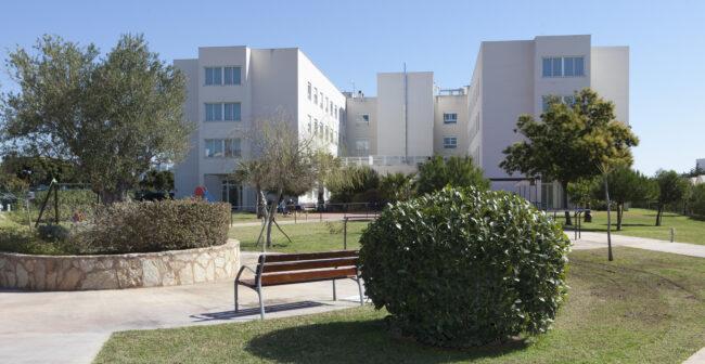 DomusVI, en el punto de mira por su gestión de residencias, defiende la labor de sus profesionales