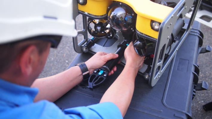 Endesa lanza un robot submarino para la inspección y mantenimiento de sus plantas
