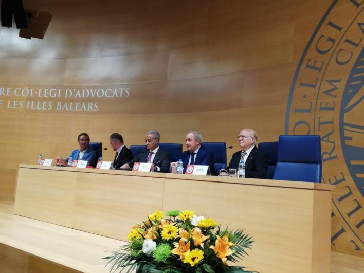'Existe un riesgo de caer en el populismo justiciero entre los jueces'