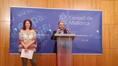 Cosme Bonet, a la derecha