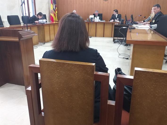 Piden 5 años para la funcionaria de Sineu acusada de rebajar un embargo sobre su nómina