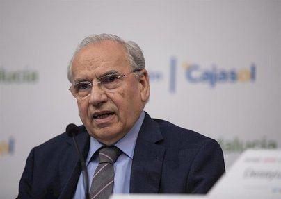 Alfonso Guerra arremete contra las negociaciones con ERC: 'Es como dar una granada a los niños'
