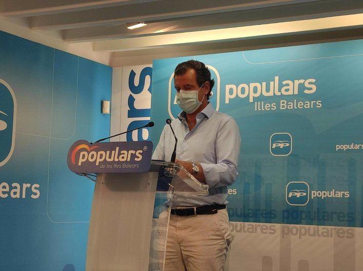 El PP pide pruebas PCR a docentes, sanitarios y fuerzas de seguridad y test masivos a la población