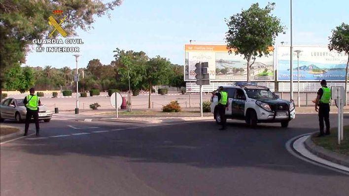 Denuncia que un taxista la raptó en Alcúdia para no pagarle una deuda de 90 euros