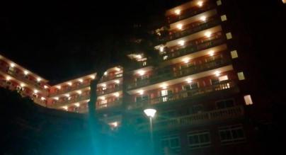 Lanzamiento de botellas desde un hotel de s'Arenal
