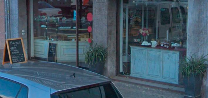 Cien euros de multa por poner macetas frente a locales