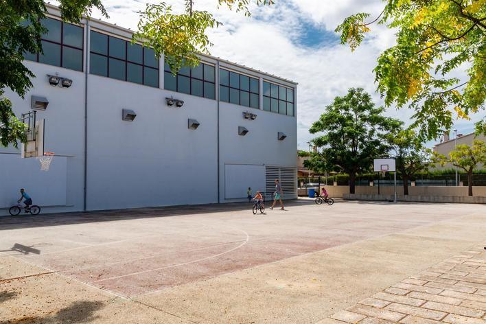 Marratxí invierte 218.000 euros en una cubierta metálica para el polideportivo del 'Pla de na Tesa'