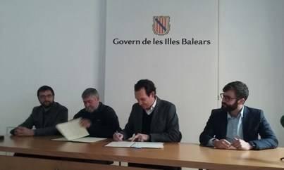 Imagen de los consellers Pons y Font Massot