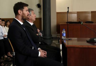 Messi, Cristiano e Iniesta, finalistas del Balón de Oro