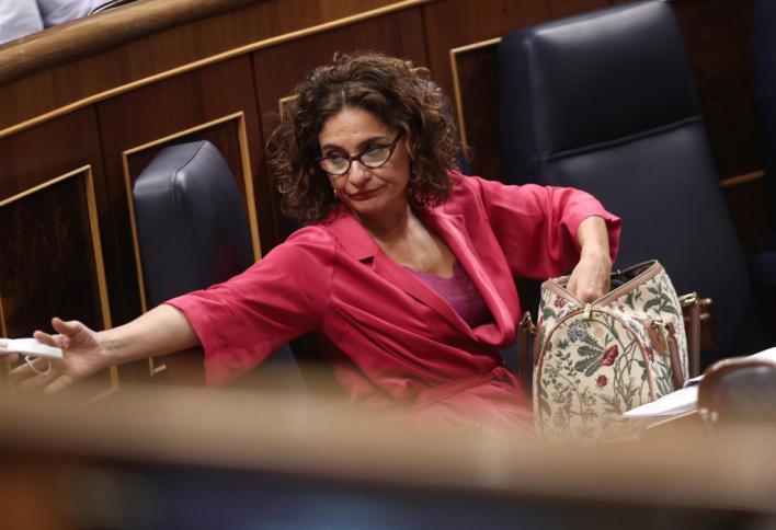 El Congreso tumba el plan de Hacienda para hacerse con los remanentes de los ayuntamientos