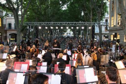 El ciclo de música 'Estius Simfònics' arranca con un concierto en el Paseo del Borne