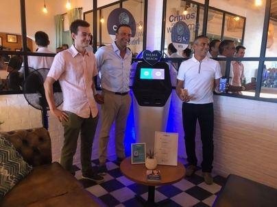 Palma Beach acoge la criptomoneda, una 'revolución mundial sin precedentes'