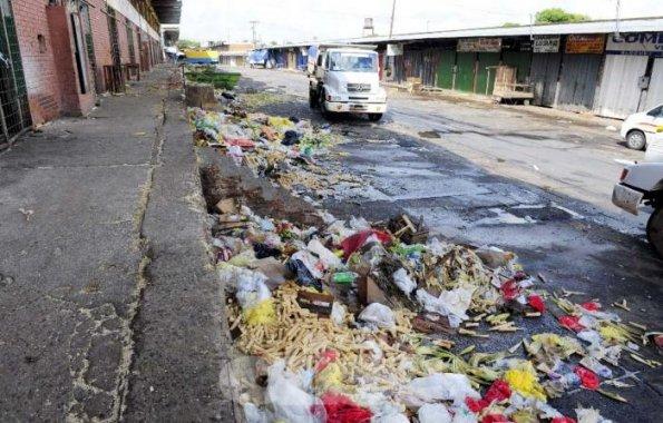 Declaran la emergencia ambiental en la capital de Paraguay por la basura y los residuos