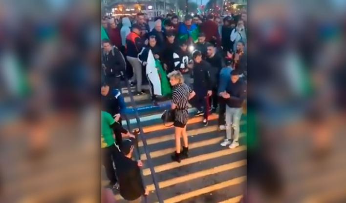 Brutal agresión a una mujer transexual en el metro de París