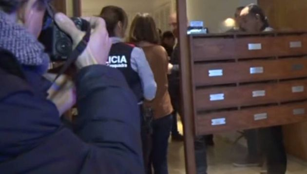 La madre que ahogó a su hija en la bañera confesó el crimen a un periodista
