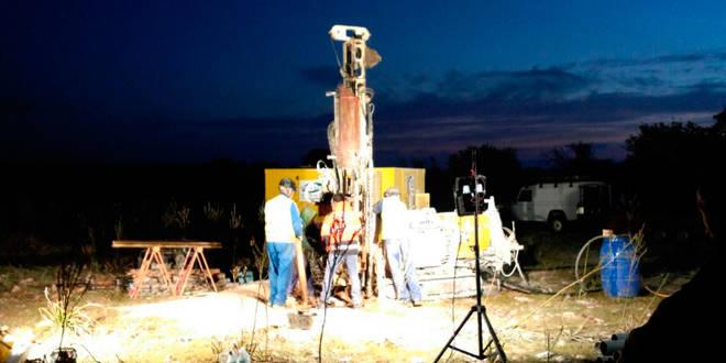 Buceadores especializados de Barcelona se suman a la búsqueda del espeleólogo Xisco Gracia