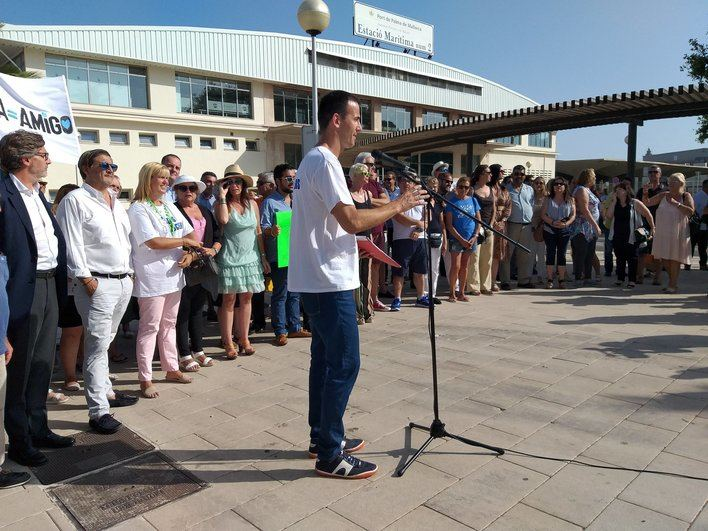 Comerciantes y empresarios se unen en la defensa del turismo de cruceros en Palma